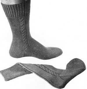 Men's Cable Clock Socks Pattern #309   Knitting Patterns