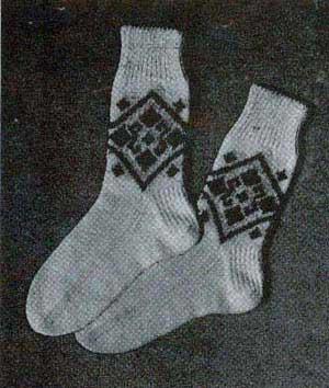Knitting Pattern For Sport Socks : Mens and Boys Fair Isle Sport Socks Knitting Patterns